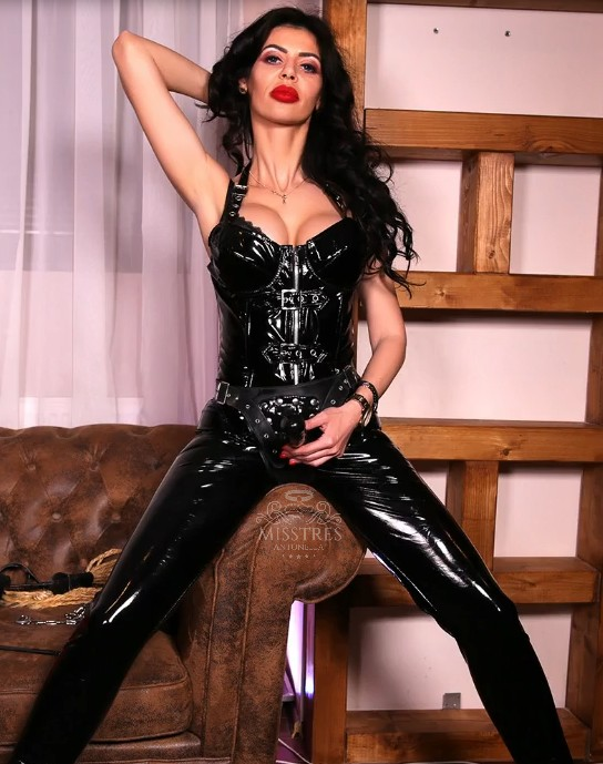 mistress-antonella-video
