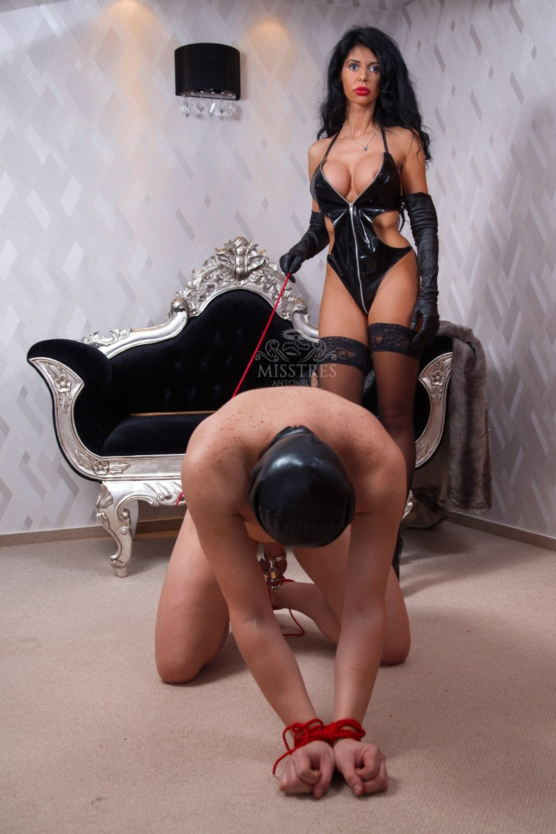 mistress-antonella-sexy-body-suit-with-masked-slave-bondage